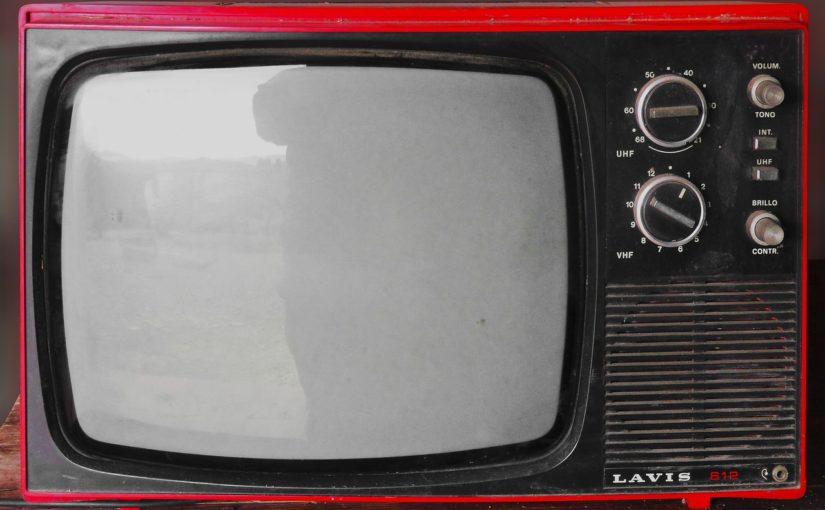 Wspólny odsapnięcie przed telewizorem, lub niedzielne filmowe popołudnie, umila nam czas wolny ,a także pozwala się zrelaksować.